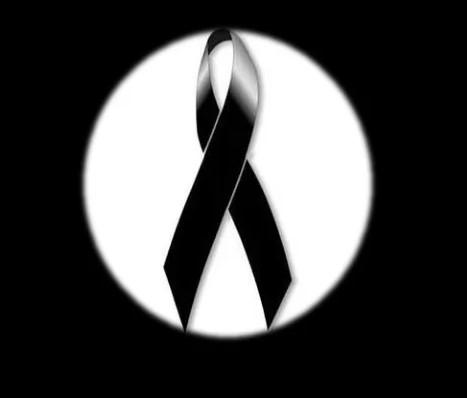 Moños de luto negros para compartir en memoria de un ser querido