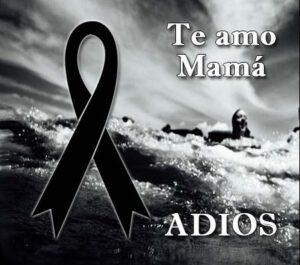 Moños de luto por una madre fallecida