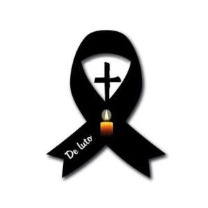 lazo de luto con velas y cruz de luto